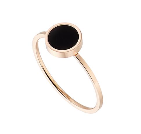 Δαχτυλίδι ατσάλι 316L σε ροζ χρυσό με μαυρη πετρα 0e6d87e4abd